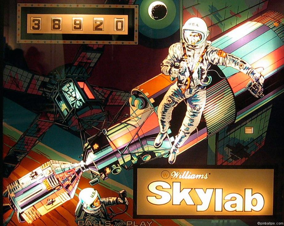 Skylab Pinball Wallpaper